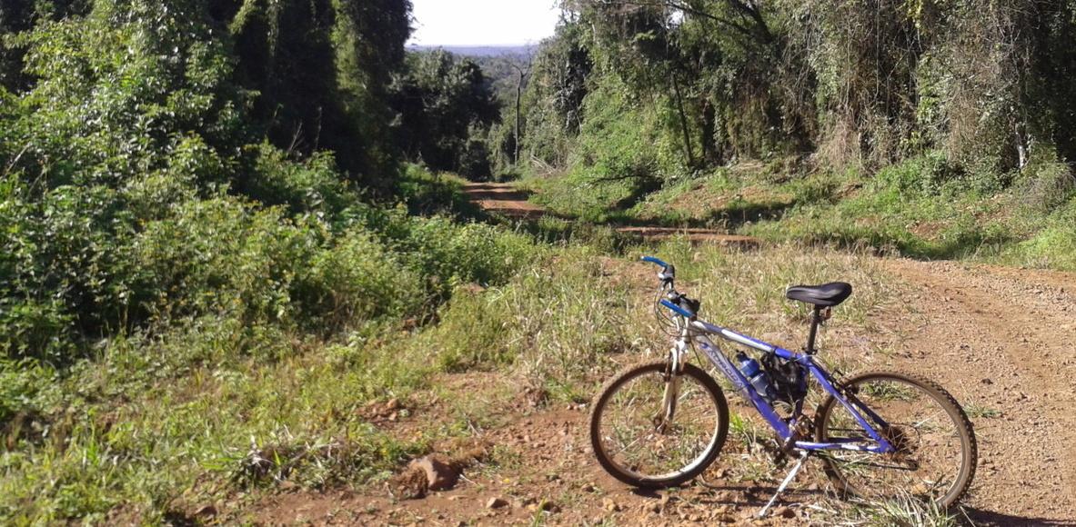 Pedaleando el Alto Paraná