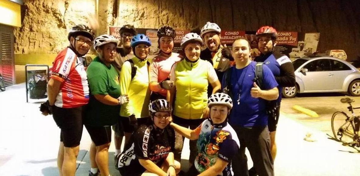 Bicichicas y Los Caballeros del Pedal