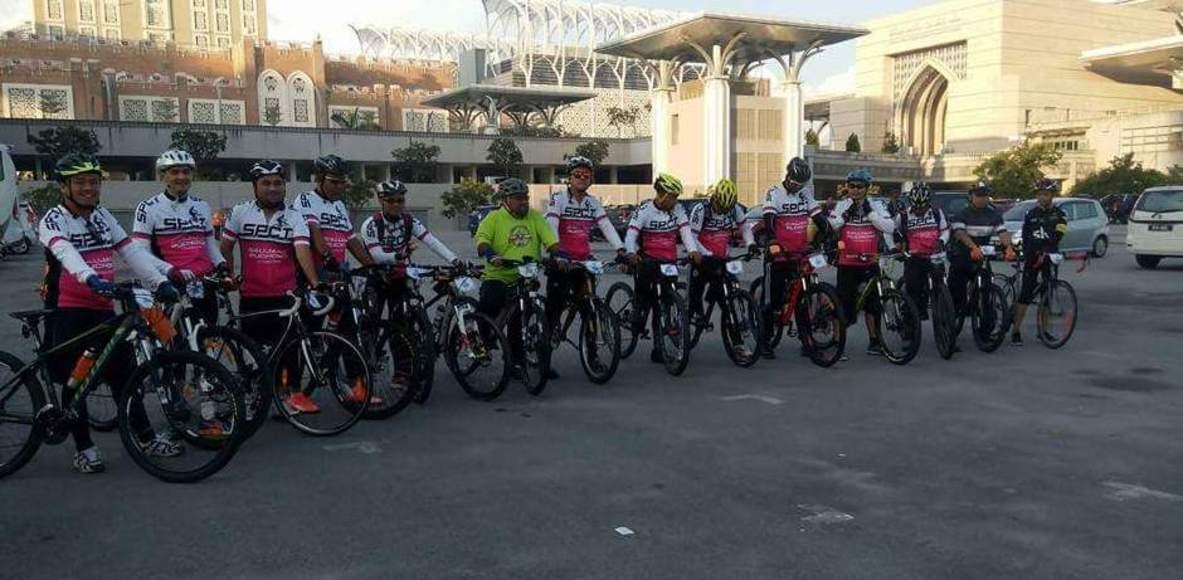 Saujana Puchong Cycling Team