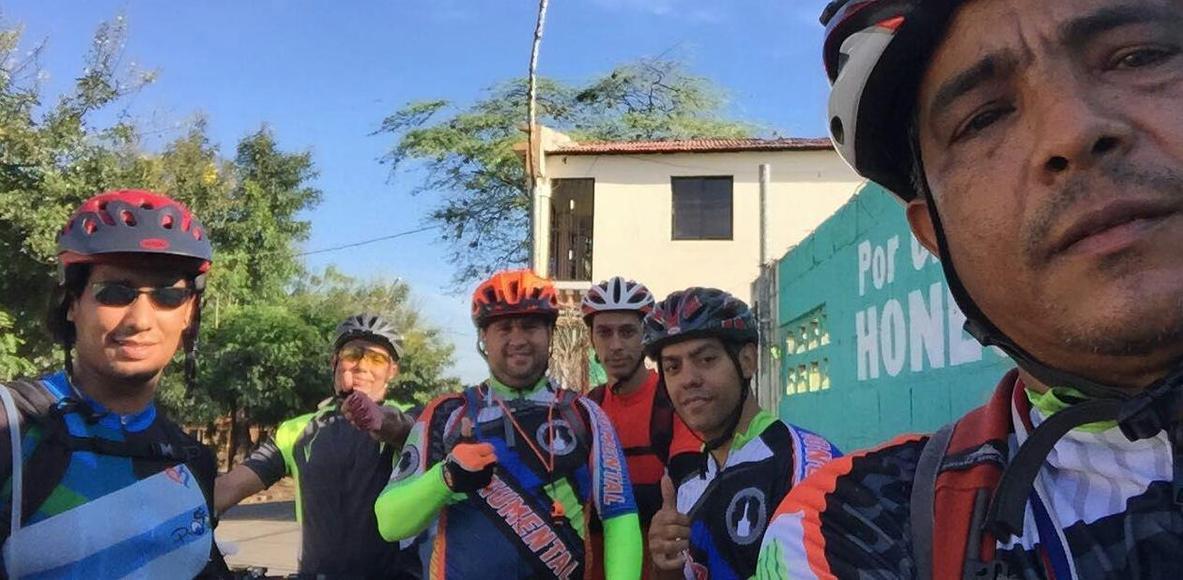 Los Monumentales Cycling Club