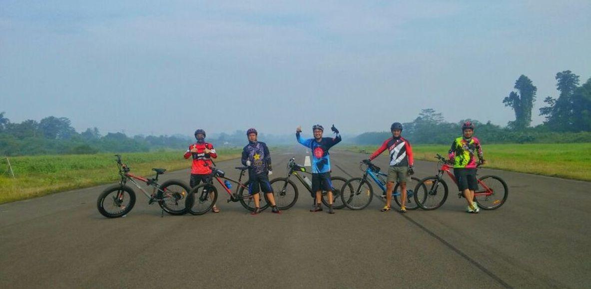 Komunitas Sepeda Serpong