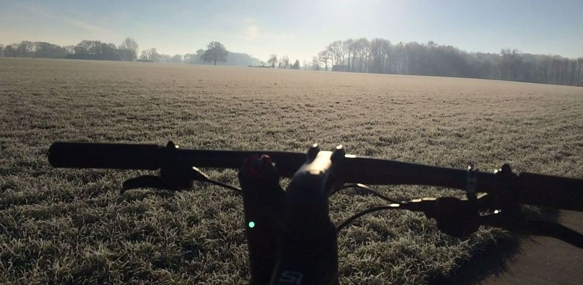 Mountainbike kearls oet Olnzel