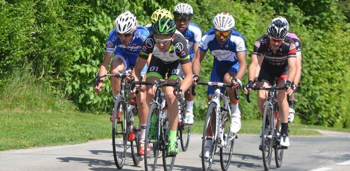 Cycliste autour du Compiègnois
