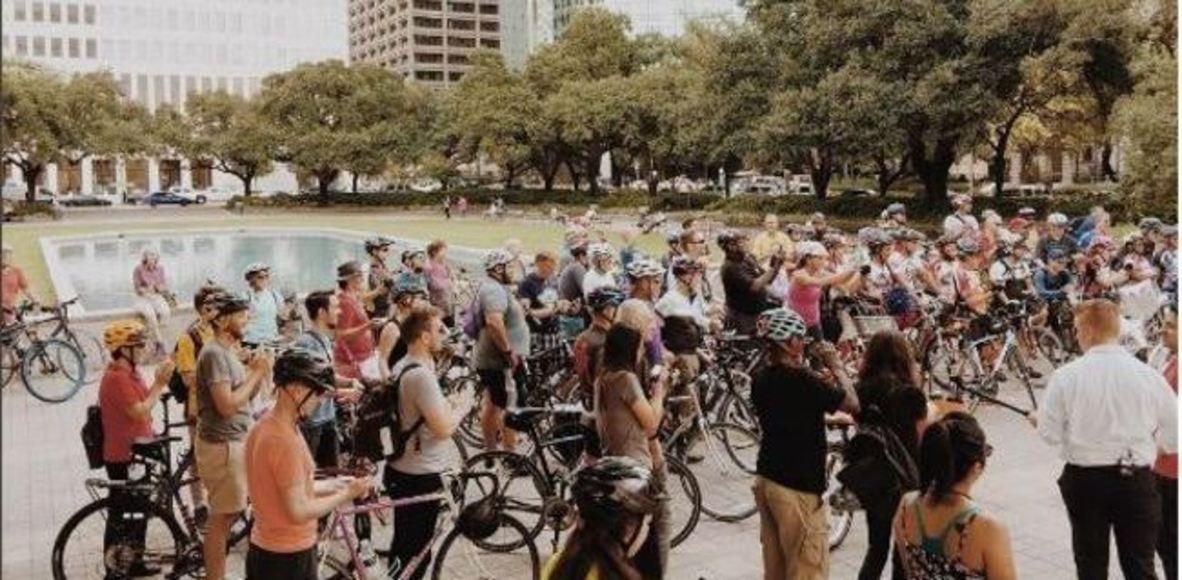 Asakura Robinson Bike Gang