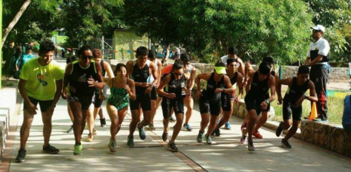 Unicach Triathlon Team