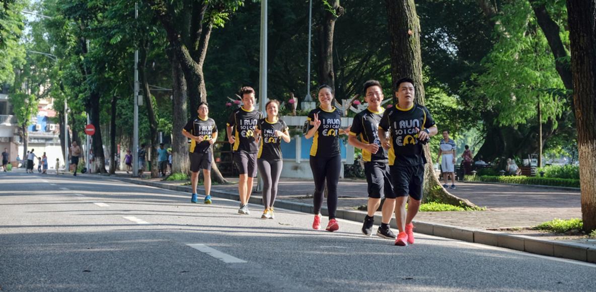 Hội chạy bộ cuối tuần - Run To Eat