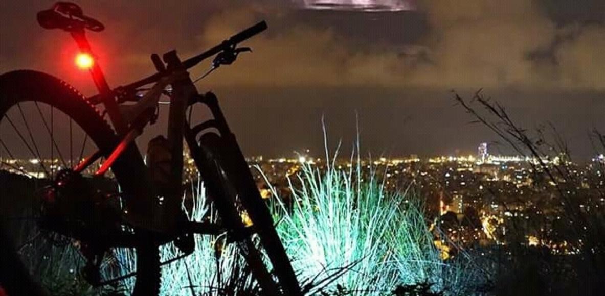 Peña el foco 🔦 (salidas nocturnas en bici)