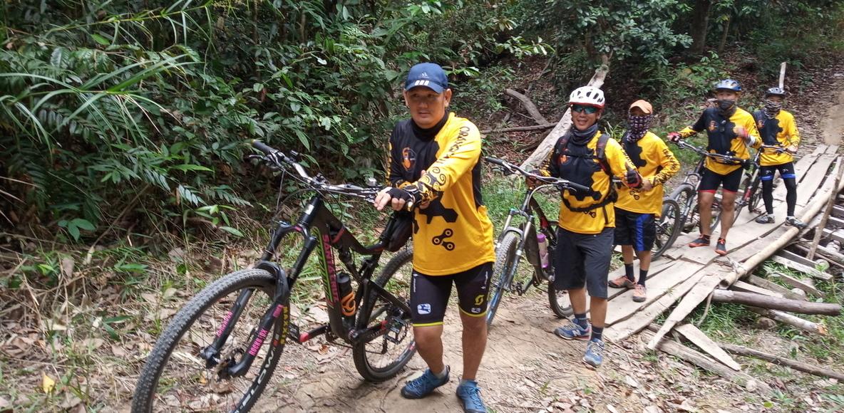 SOCC (Sintang Orangutan Cycling Club)