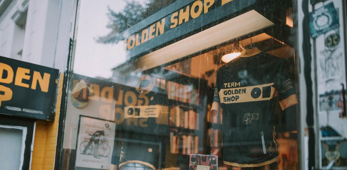 TEAM GOLDEN SHOP