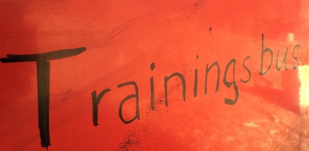Lauftraining am Trainingsbus