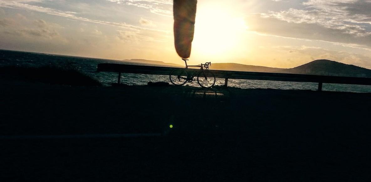 Παραλιακή - Σούνιο - Υμηττός.-Drops Cycling